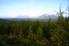 Nubes y montañas en la isla de Vancouver Imágenes de archivo libres de regalías