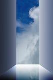 Nubi del cielo della porta aperta fotografia stock libera da diritti