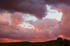 Nubi di tempesta sull'orizzonte Fotografie Stock Libere da Diritti