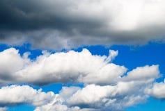 Nubi e cielo bianchi Fotografia Stock Libera da Diritti