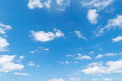 Nubi e cielo blu Fotografia Stock Libera da Diritti