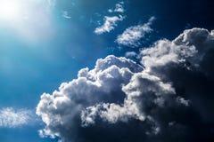 Nubi e luce solare Immagini Stock Libere da Diritti