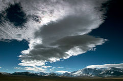 Nubi ed il cielo blu fotografia stock libera da diritti