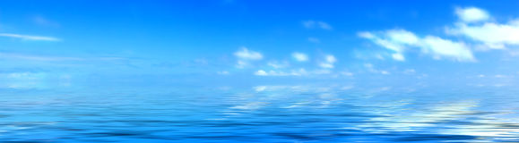 Nubi ed oceano Fotografia Stock