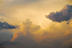 Nubi gialle Fotografia Stock Libera da Diritti