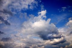 Nubi nel tramonto Fotografie Stock