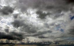 Nubi scure Fotografia Stock Libera da Diritti