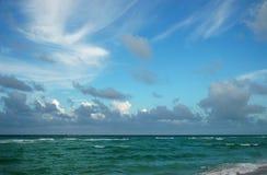 Nubi sopra l'Atlantico Immagini Stock