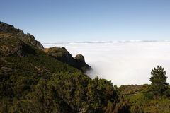 Nubi sulle montagne Fotografia Stock Libera da Diritti
