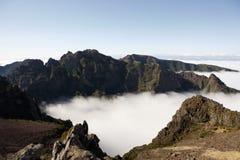 Nubi sulle montagne Immagini Stock Libere da Diritti