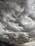 Nubi tempestose fotografie stock libere da diritti