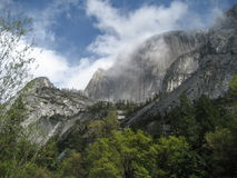 Nubi a Yosemite Fotografia Stock Libera da Diritti
