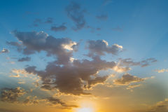 Nubla-se o céu azul Foto de Stock Royalty Free