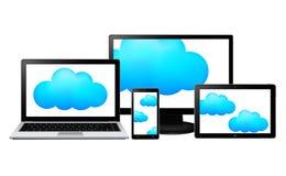 Monitor, portátil, tabuleta e smartphone com nuvens para dentro Fotos de Stock