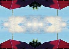 nuble-se no centro no conceito da tecnologia da nuvem do céu azul imagens de stock