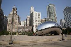 Nuble-se a porta ou o feijão no parque do milênio de Chicago Fotografia de Stock