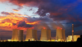Nuclear power plant by night Royalty Free Stock Photos