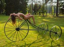 nude νεολαίες γυναικών Στοκ φωτογραφία με δικαίωμα ελεύθερης χρήσης