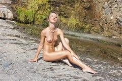 Nude όμορφο κορίτσι Στοκ εικόνα με δικαίωμα ελεύθερης χρήσης