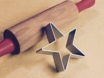 Nudelholz und Stern Stockbilder
