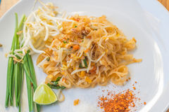 Nudeln füllen thailändisches auf Stockbild