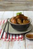 Nudillos cocidos deliciosos del cerdo Fotos de archivo