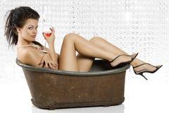 Nudo con vino rosso Fotografia Stock