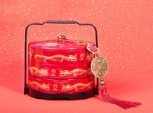 Nudo del chino tradicional con el bonbonniere Foto de archivo libre de regalías