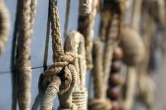 Nudo náutico de la cuerda enorme Foto de archivo