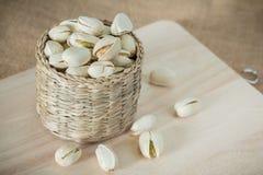 Nueces de pistachos saladas imagen de archivo