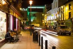 Nueva calle en la noche Killarney irlanda Fotos de archivo