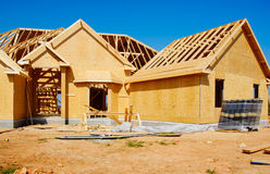 Nueva casa bajo construcción fotografía de archivo libre de regalías