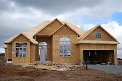 Nueva casa bajo construcción Foto de archivo