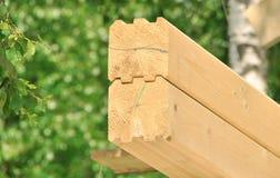 Nueva casa de madera de la estructura Fotos de archivo libres de regalías