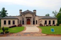 Nueva casa para la venta Imagen de archivo libre de regalías