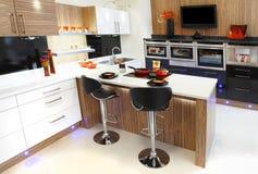 Nueva cocina Foto de archivo libre de regalías