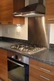 Nueva cocina de lujo moderna Foto de archivo libre de regalías