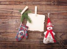 Nueva composición de la Navidad hecha a mano de los juguetes Imagenes de archivo