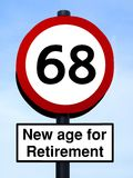 Nueva edad para el roadsign del retiro 68 Fotografía de archivo