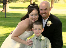 Nueva familia Wedding imagen de archivo libre de regalías
