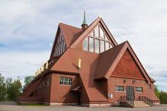 Nueva iglesia sueca de la ciudad Imagen de archivo