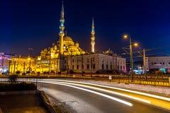 Nueva mezquita en la noche Fotos de archivo libres de regalías