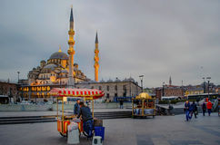 Nueva mezquita Estambul foto de archivo