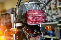 Nueva motocicleta en paquete fotografía de archivo libre de regalías