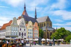 Nueva plaza del mercado Rostock, Alemania fotografía de archivo libre de regalías