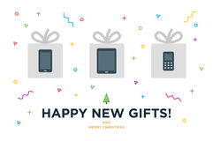 Nueva tarjeta de Navidad feliz de los regalos con el artilugio adentro Foto de archivo