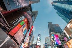 Nueva York - 22 de diciembre de 2013: Times Square el 22 de diciembre en los E.E.U.U. Foto de archivo libre de regalías