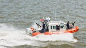 Bote patrulla del guardacostas de Estados Unidos Imagen de archivo libre de regalías