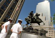 Nueva York, los E.E.U.U. - 24 de mayo de 2018: Marineros de US Navy durante el th que visita imagen de archivo
