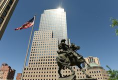 Nueva York, los E.E.U.U. - 24 de mayo de 2018: Monumento de la respuesta de América en liberación imagenes de archivo
